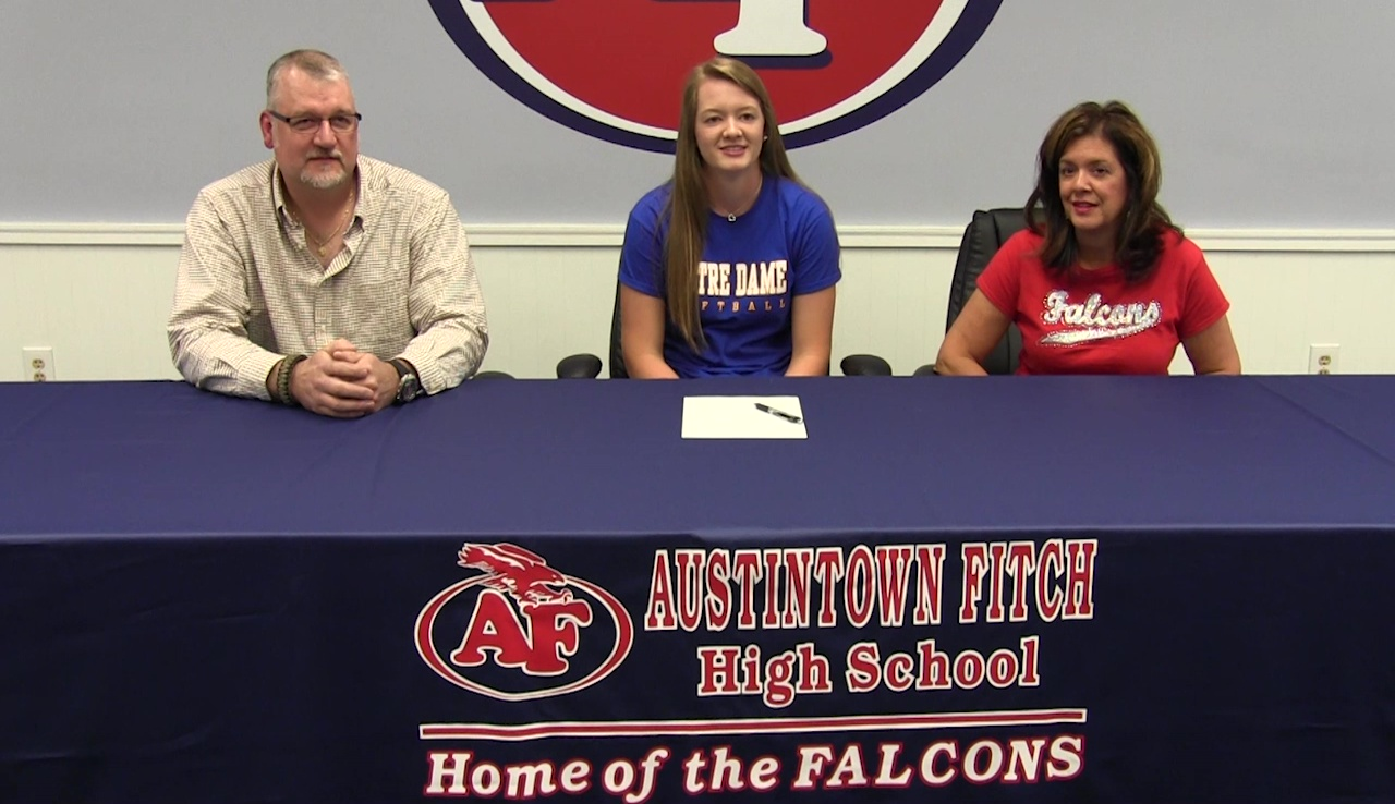 McKenzie Luknis  and family